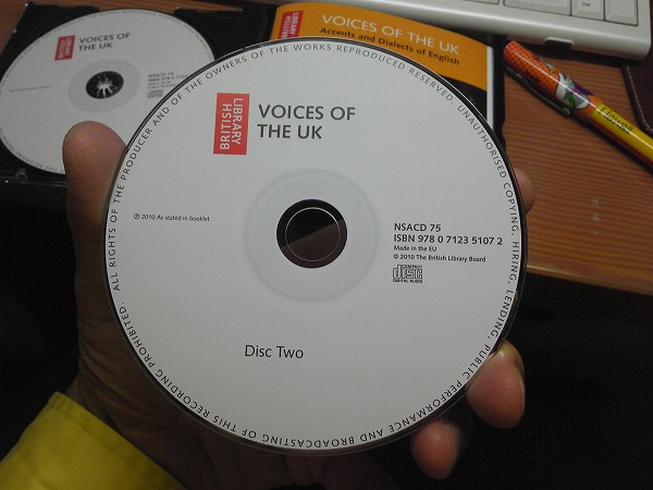 英国2枚組CD VOICES OF THE UK: Accents and Dialects of English